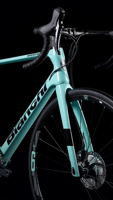 2020 Bianchi Infinito XE on dark background
