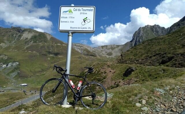 Col du Tourmalet 4km road marker sign